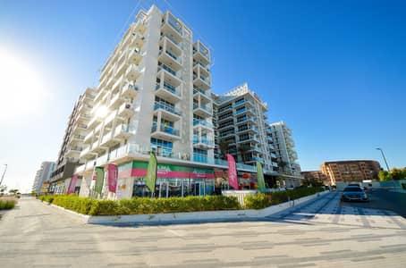 محل تجاري  للايجار في مدينة دبي للاستديوهات، دبي - Prime Location | Shop For Rent in a Well Established Community