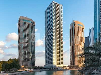 مکتب  للايجار في أبراج بحيرات الجميرا، دبي - Brand New | Shell and Core With Balcony