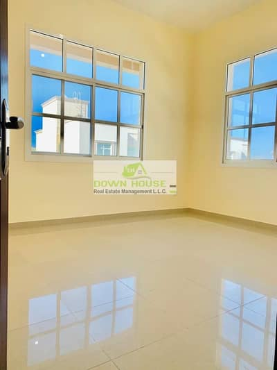 3 Bedroom Flat for Rent in Khalifa City A, Abu Dhabi - Affordable spacious 3 beds apt with balcony close to market