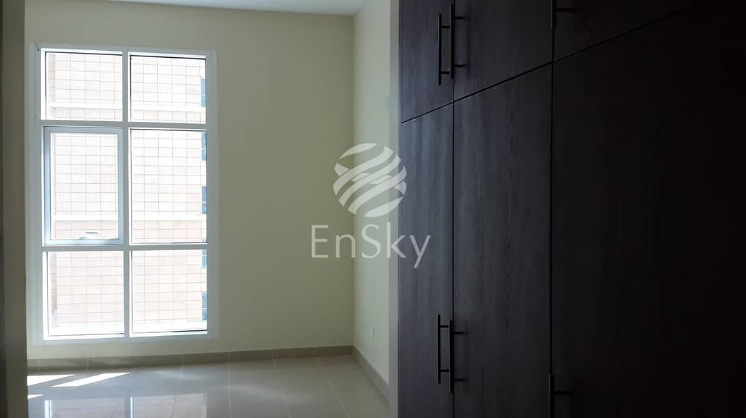Neat and Clean 2 Bed Apartment to Move In