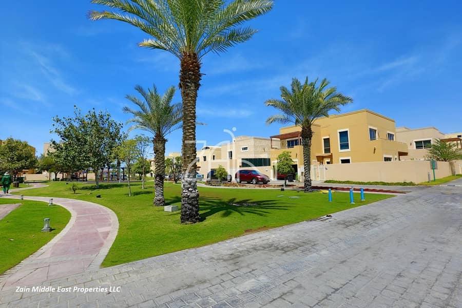 Corner 5 BR Villa with Private Pool in Prime Location