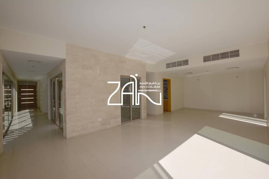 2 Corner 5 BR Villa with Private Pool in Prime Location