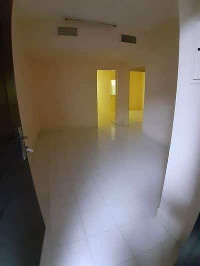 فلیٹ 2 غرفة نوم للايجار في النهدة، الشارقة - غرفتين وصاله قريبه جدا من صحاري سنتر
