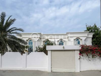 3 Bedroom Villa for Rent in Al Falaj, Sharjah - Spacious G+1 - 3 BHK with spectacular view & sun filled villa