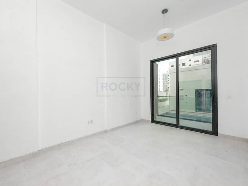 BRAND NEW BLDG! One Month Free! Studio | Balcony | Pool