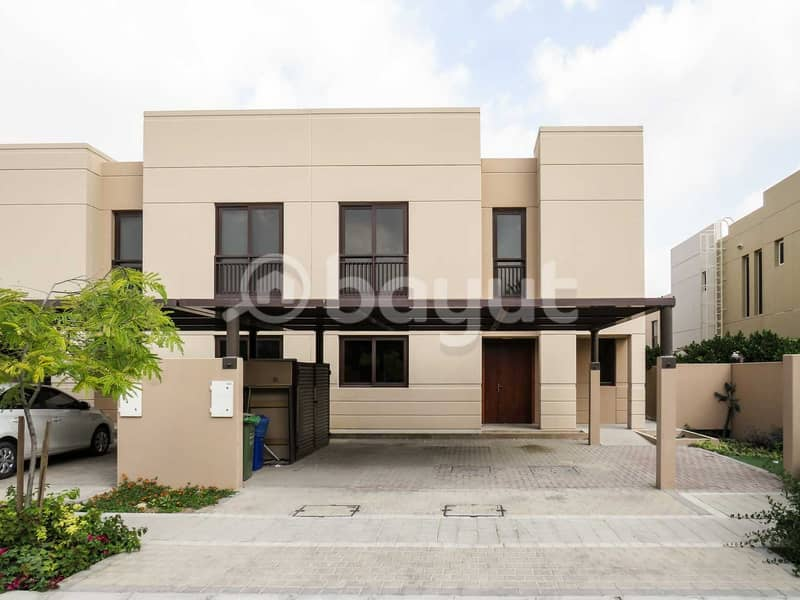 For Sale in Al-Zahia , Sharjah - Ready Villa. ( 4BR)