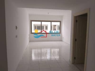 فلیٹ 1 غرفة نوم للايجار في منطقة النادي السياحي، أبوظبي - No Commission ! 1 Master Bedroom at prime location with Parking