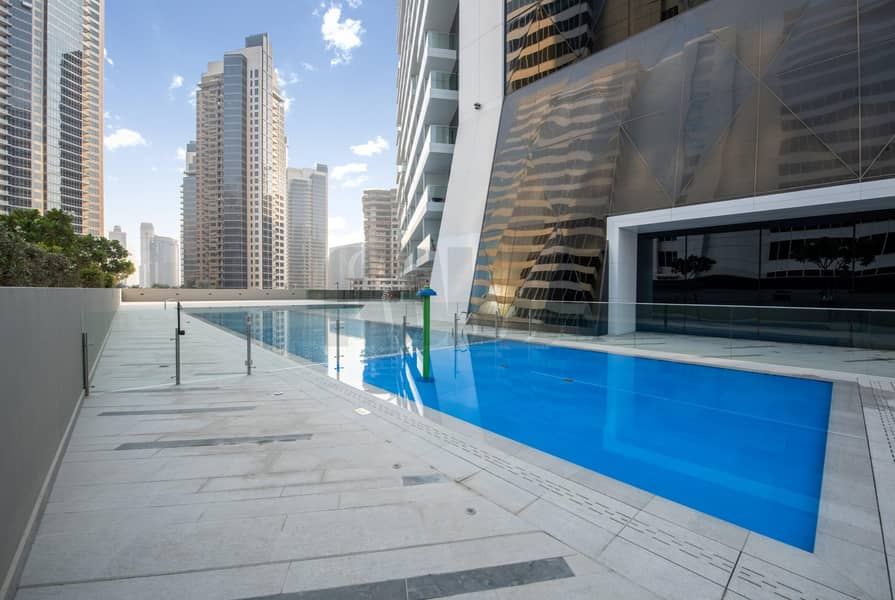 19 Luxury Studio | High-End Quality Finish | Canal View