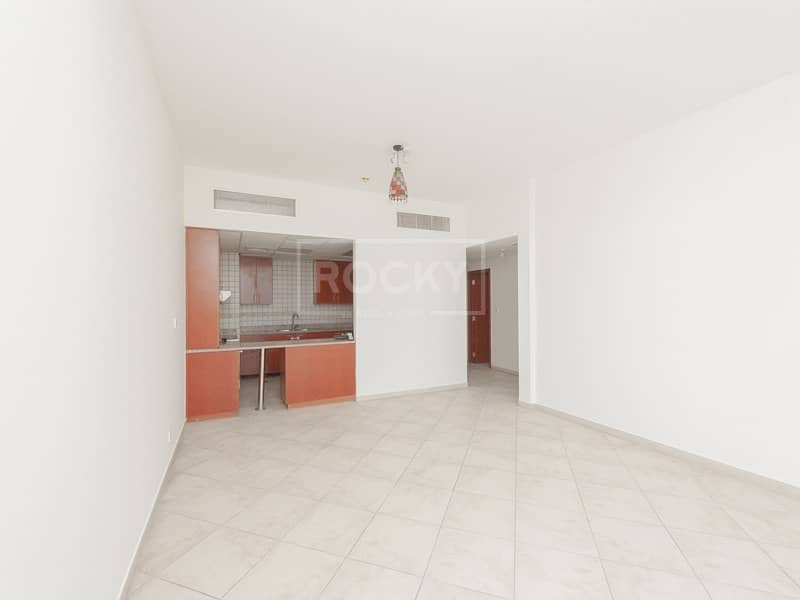 Spacious | 2-Bed | 2 Car Parking | Motor City