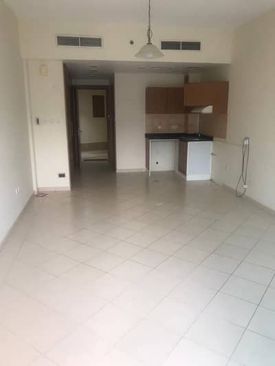 شقة في مدينة دبي للإنتاج 26000 درهم - 4452422