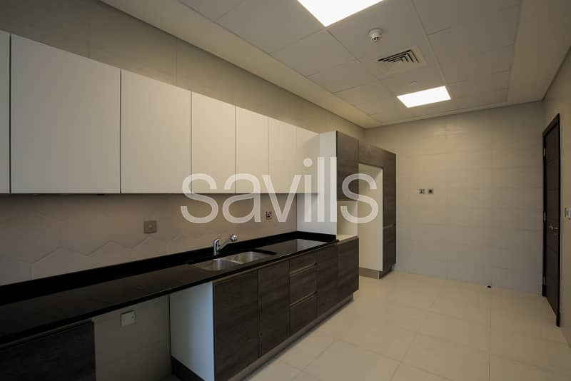 2 Quality Finished 2 Beds in Downtown
