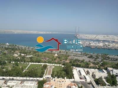 شقة 3 غرف نوم للايجار في منطقة النادي السياحي، أبوظبي - No Fee ! Relaxing Sea View 3 BR With Facilities.
