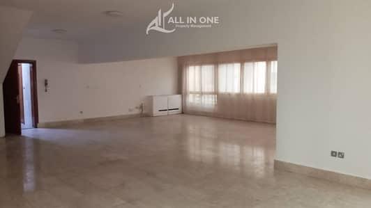 شقة 3 غرف نوم للايجار في منطقة النادي السياحي، أبوظبي - Ample 3BR+Maids Room+Store Room/Balcony