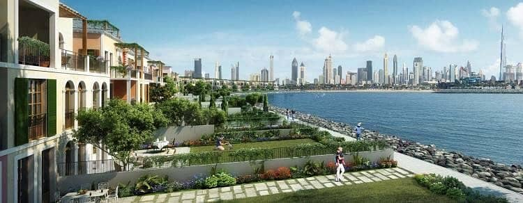 Amazing Sea Facing Villa at La Mer with Dubai Skyline View