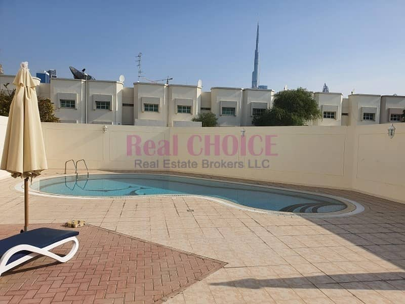 11 Well Maintained With Nice Garden And 30Days Free