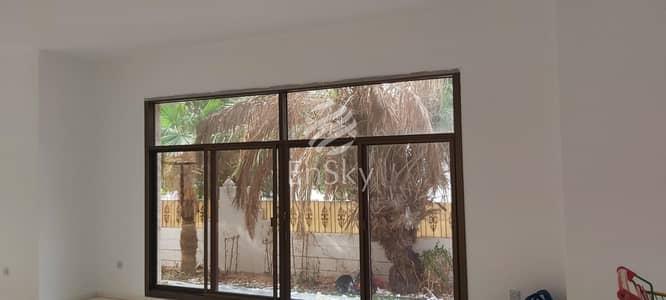 فیلا 7 غرف نوم للايجار في شارع الكورنيش، أبوظبي - Super Luxurious Villa in Prime Location Of Corniche