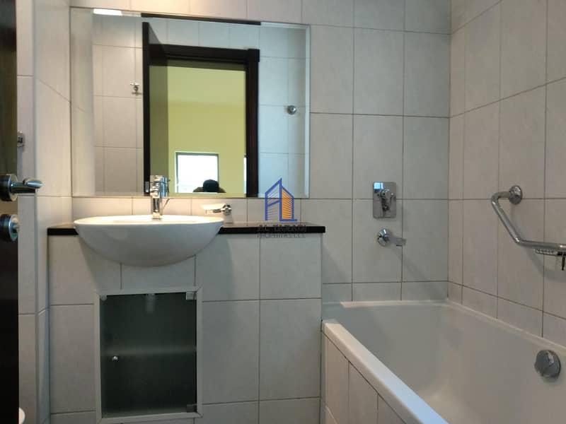 12 Adorable & Luxurious Apartment W/Sea View & Parking