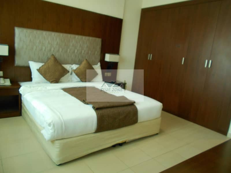 2 FAMILY OFFER 1BHK FURNISHED NEXT TO SHARAF DG METRO 2 BATHROOMS POOL GYM IN 60K