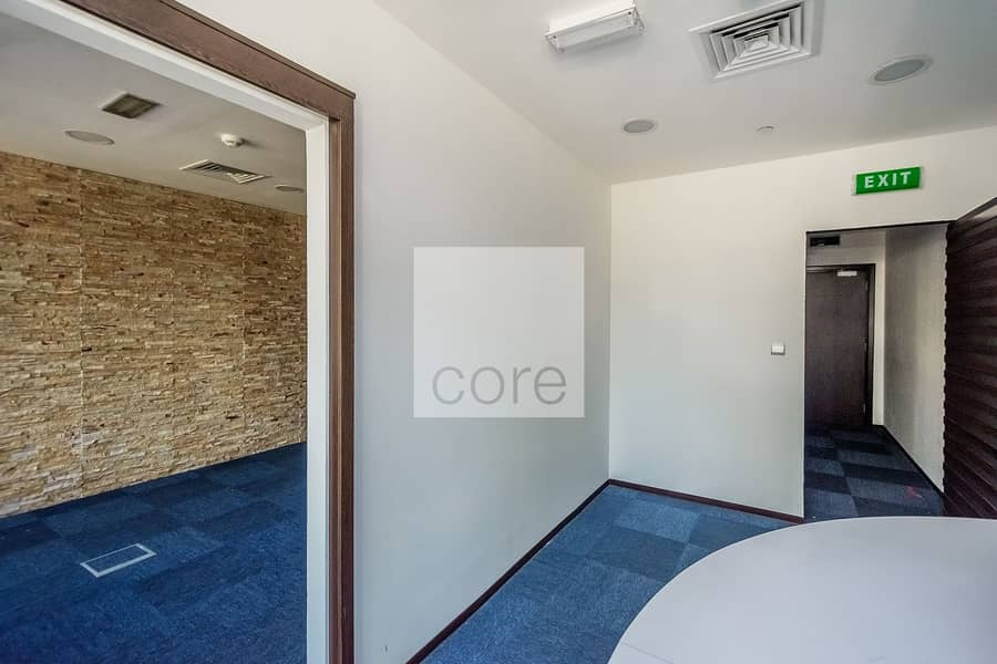 10 Fitted Office | Low Floor | Close to Metro