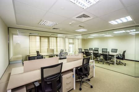 مکتب  للايجار في أبراج بحيرات الجميرا، دبي - Fitted Office   Low Floor   Freezone