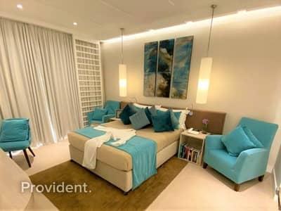 شقة فندقية 1 غرفة نوم للبيع في نخلة جميرا، دبي - Luxurious Hotel Apartment with Breathtaking View