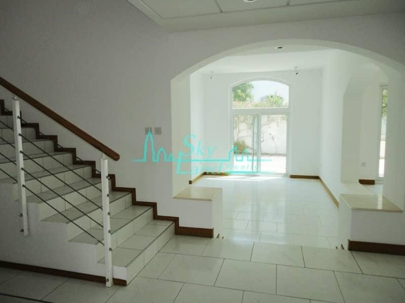 14  modern 4 bed+study with garden Umm Suqeim 1