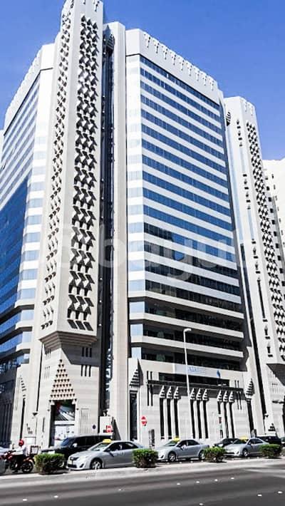 مکتب  للايجار في شارع حمدان، أبوظبي - مکتب في شارع حمدان 36000 درهم - 4454708