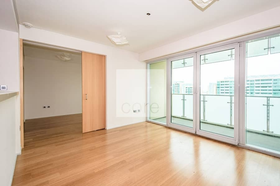 10 Sea View | Unfurnished | Parking | 2 Beds