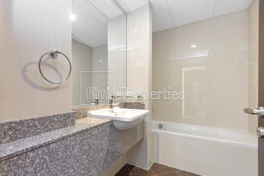 15 Sea & Pool View | Chiller Free | No Agency Fee