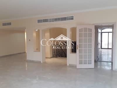فیلا 6 غرف نوم للايجار في الخالدية، أبوظبي - Captivating Spacious 6-BR Villa with Garden & Much More