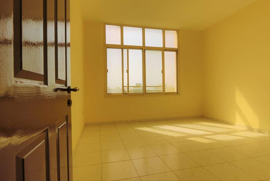 شقة في كورنيش رأس الخيمة 1 غرف 24000 درهم - 4455301