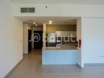 فلیٹ 2 غرفة نوم للايجار في الخليج التجاري، دبي - شقة في برج فيزول الخليج التجاري 2 غرف 93000 درهم - 4424193