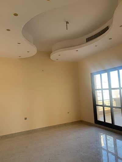 فیلا 4 غرف نوم للايجار في الخوانیج، دبي - فيلا مميزة للايجار فى الخوانيج : 4 غرف ماستر مع ملحق خارجى