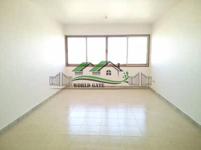 فلیٹ 1 غرفة نوم للايجار في شارع المطار، أبوظبي - Great Value! Affordable and neat 1br with balcony