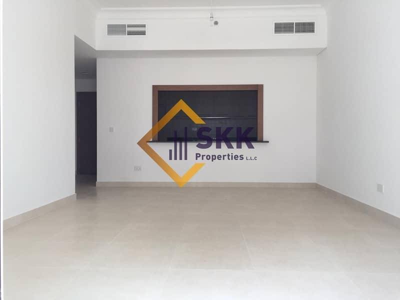 2 Modern Layout Apartment w/ Kitchen Appliances
