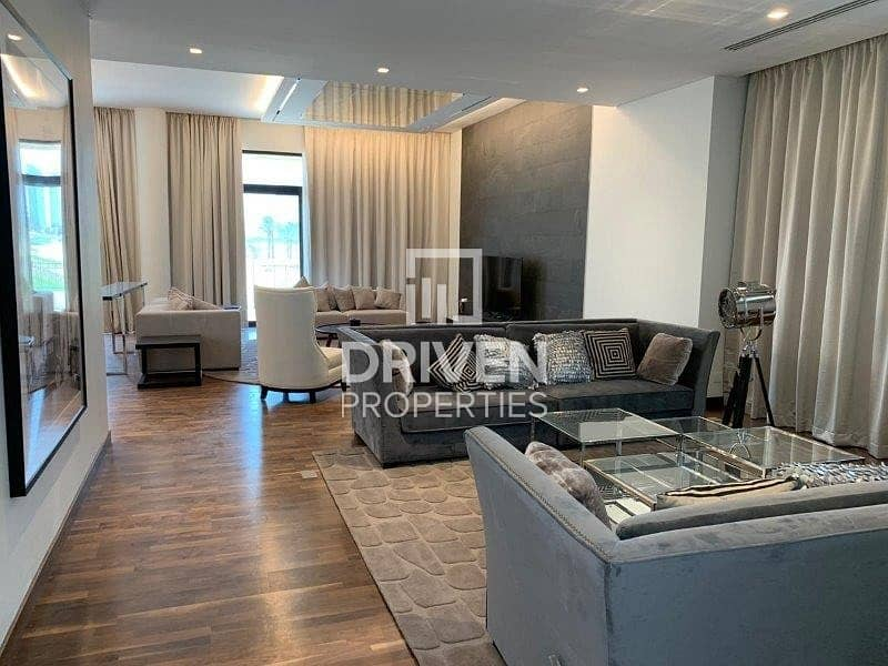 Golf Facing 5 Bed Villa | Ready to move in