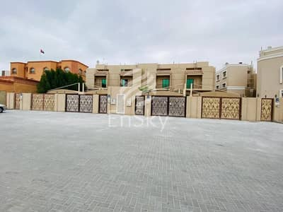 4 Bedroom Villa for Sale in Khalifa City A, Abu Dhabi - Great investment opportunity 4 villa compound Available.