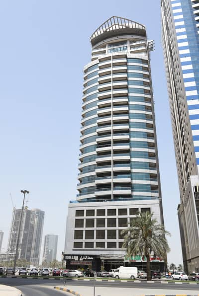 2 Bedroom Apartment for Rent in Al Khan, Sharjah - Spacious and Affordable 2BHK with Big Hall, CHILLER FREE, Available in DALMOK TOWER IN Al Taawoun