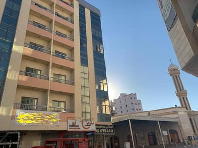 2 Bedroom Flat for Rent in Al Nakhil, Ajman - Two bedroom+hall Apartment for Rent