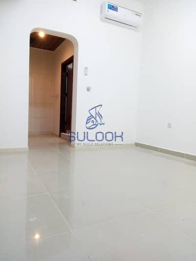 1 Bedroom Flat for Rent in Al Khalidiyah, Abu Dhabi - Spacious 1BHK in a villa in khalidiya near Lebanese Roastery