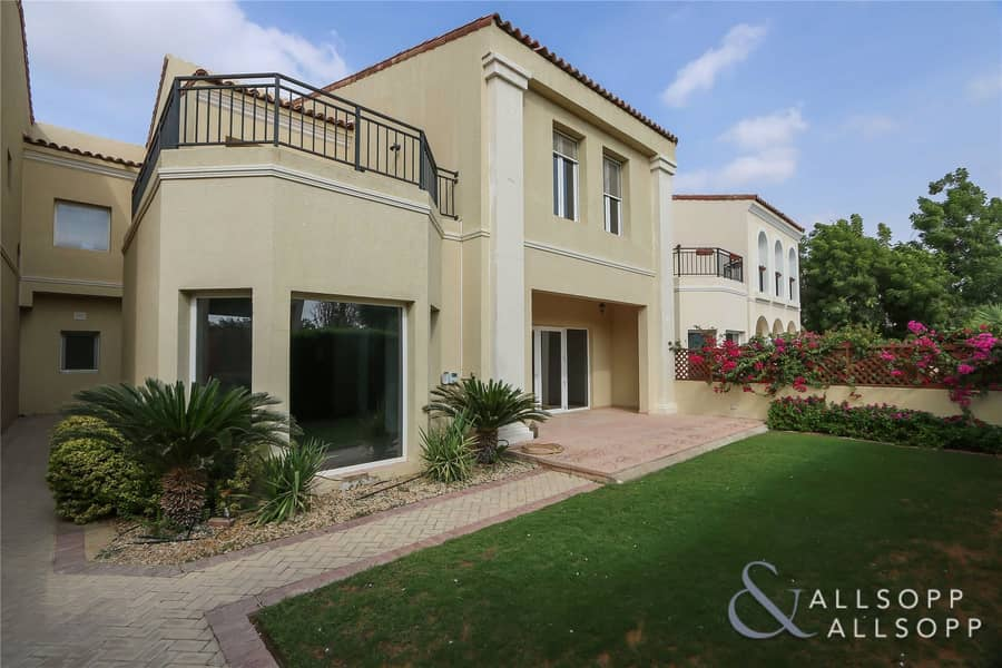 Owner Occupied   Close To Pool   4 Bed