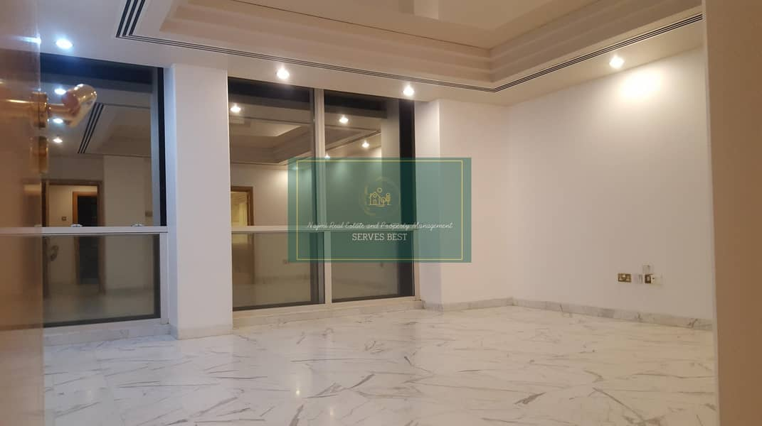 Beautiful 2Beds with All Facilities on Corniche
