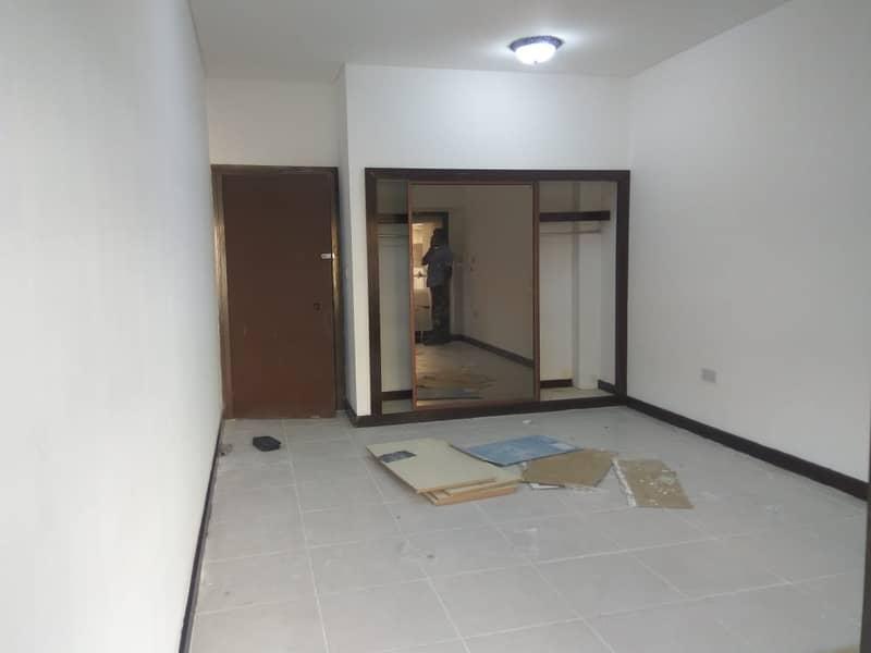 شقة في الكرامة 2 غرف 57000 درهم - 4265292