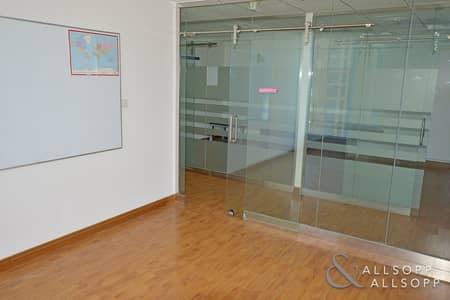 مکتب  للايجار في أبراج بحيرات الجميرا، دبي - Partitioned Office | In Front Of Metro