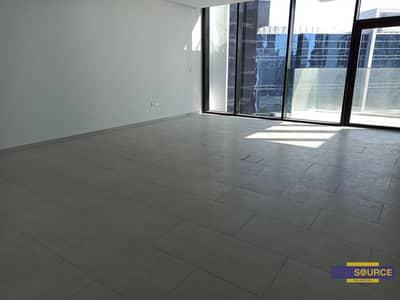 فلیٹ 3 غرف نوم للايجار في الخليج التجاري، دبي - Marquise Square 3 Bedroom Apartment in 160 K