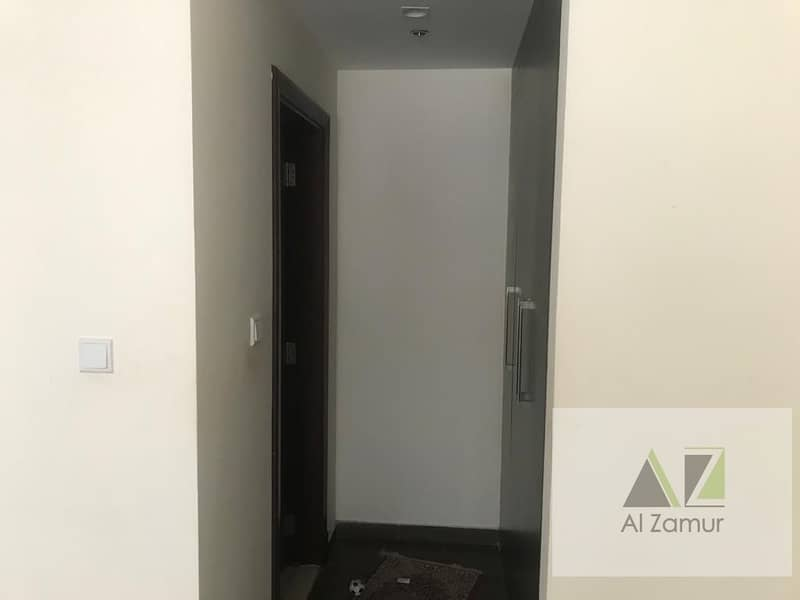 Chiller Free XL 2 Bedroom Apartment with Terrace