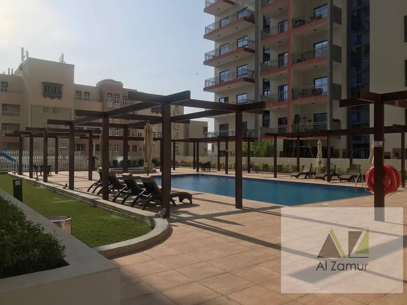14 Chiller Free XL 2 Bedroom Apartment with Terrace