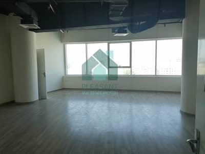 مکتب  للايجار في الكرامة، دبي - Near Metro Commercial Office with 1078 sq.ft  in Karama