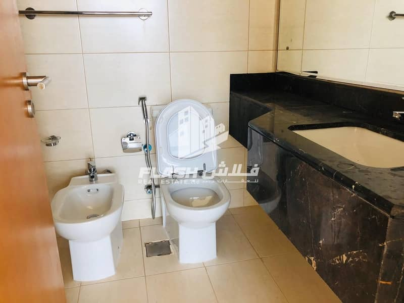 9 HUGE STUDIO IN THE HEART OF CITY I LIMITED UNIT