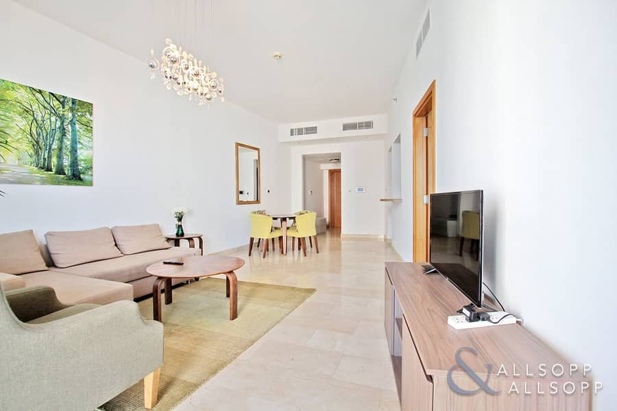 2 1 Bed Plus Study | Full Sea Views | Vacant